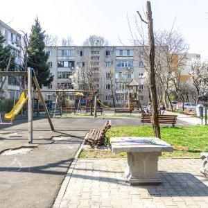 2 camere decomandat cu 2 locuri parcare Berceni, Brancoveanu, Aparatorii Patriei