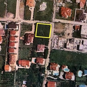 Teren pozitionat central in zona Iancu Nicolae-British School-Iancu de Hunedoara