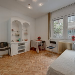 Dorobanti, 2 apartamente si o garsoniera in acelasi imobil interbelic!