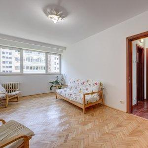 Apartament de 3 camere cu 2 bai, Bd. Ferdinand - Avrig!